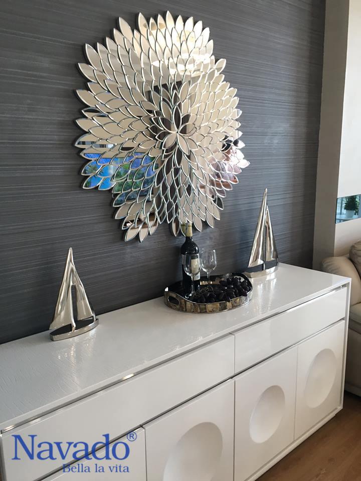 Gương treo tường phòng khách Natural