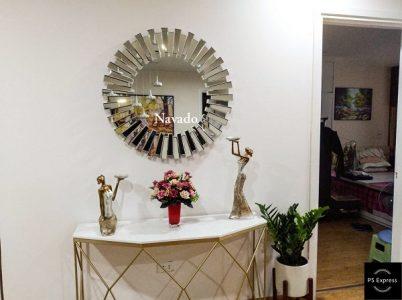 sử dụng gương nghệ thuật phòng khách
